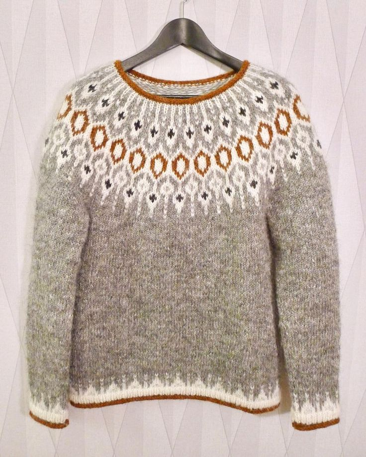 """Karolina Broberg on Instagram: """"Tack så mycket för all fin respons för min version av tröjan Telja! Jag har fått lite frågor om var man får tag i mönstret och vilket…"""""""