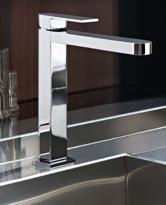 Смесители и душевые системы Fantini: Кухонные смесители #hogart_art #interiordesign #design #apartment #house #bathroom #fucet #bath #fantini
