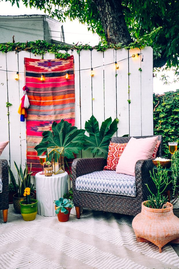 Concrete to Chic: Turn an Alleyway into a Getaway!