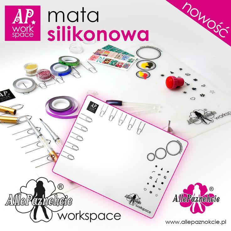 AP Workspace - silikonowa mata A3 do pracy nad stylizacją paznokci. Odporna na czynniki chemiczna. Łatwa w czyszczeniu.