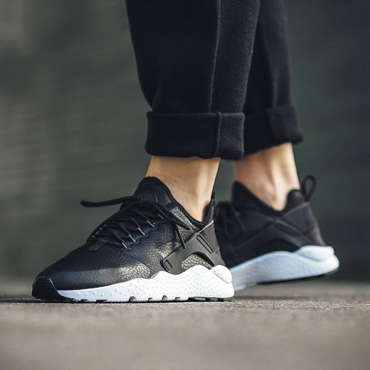 Nike Air Huarache Leather Texture Napa Cowhide Nike Air Huarache RUN PREMIUM 859511001 Black And White Cheap To Buy