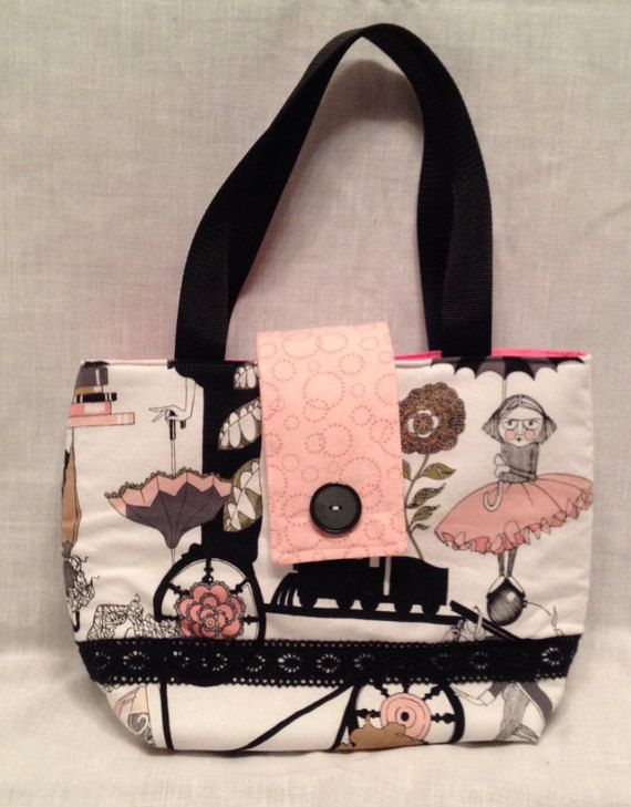 Sac à lunch:  de Ghastlie Gone Pink  sac à par DesignsByJustBecause