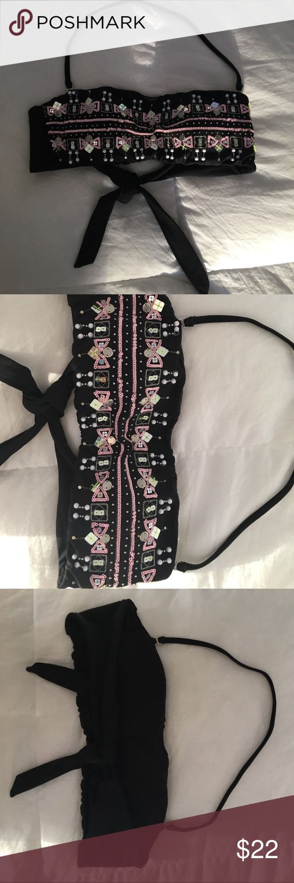 Victoria's Secret VS swim bandeau sequins top Super cute VS swim top. Never worn. No piling or missing sequins. Ties in the back.removable strap. Victoria's Secret Swim Bikinis