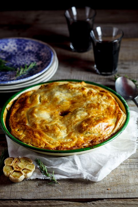 Recipe for slow-cooked lamb, rosemary and roasted garlic pie.
