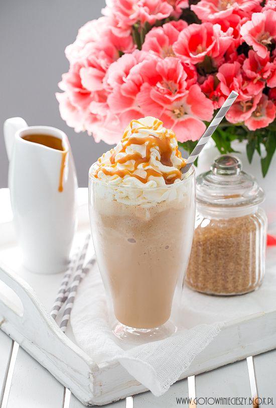 Frappuccino (jak ze Starbucksa) - przepis - Gotuję, bo lubię