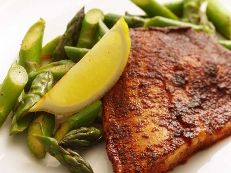 5. Chili Rubbed Tilapia with Asparagus and Lemon - 15 Easy Dinner Recipes for Two to Wow Your Man ... → Cooking