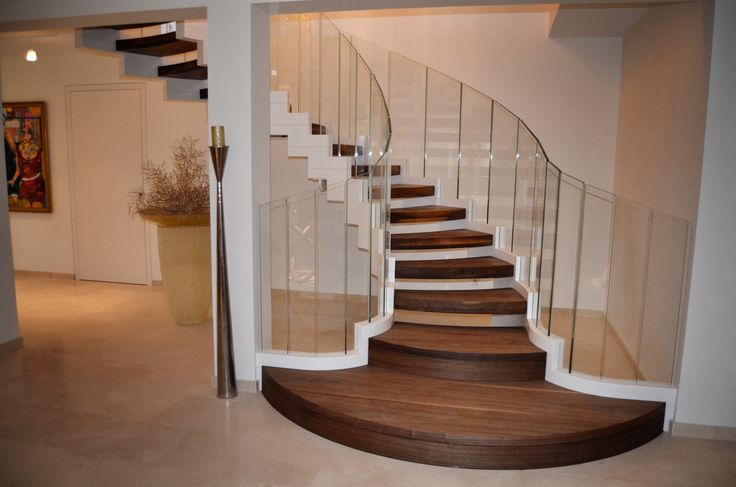 ... stair with flared entrance www.sillertreppen.com/moderne-treppen