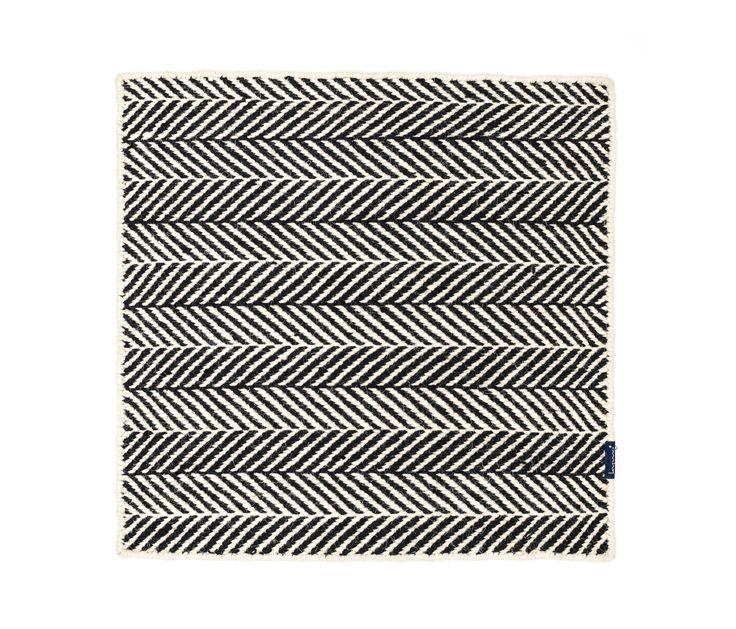 https://www.architonic.com/de/product/kymo-amen-break-white-black/1416240