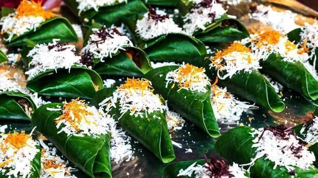Lucknawi Paan No meal is complete without a paan, especially when you are in the City of Nawabs. Like many of their food items, the paan also holds the legacy of the timeless era of this place, with perfect flavor, a delicate silver foil and perfectly melt in the mouth recipe.