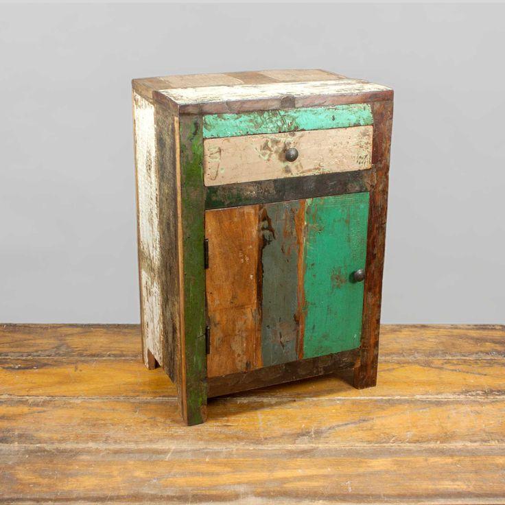 45 best m bel im vintage und industrie stil images on pinterest style crates and homes. Black Bedroom Furniture Sets. Home Design Ideas