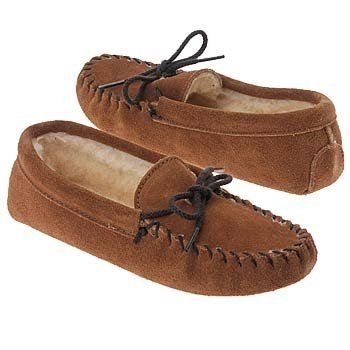 Minnetonka Pile Lined Slipper Minnetonka. $27.95
