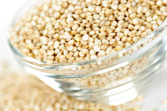 Conheça os benefícios da quinoa, planta de origem peruana que é riquíssima em proteínas e isenta de glúten