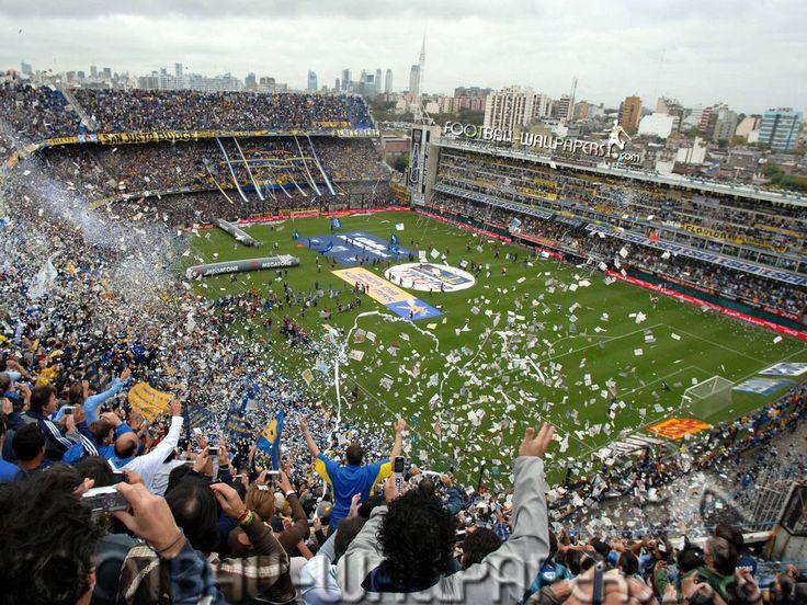 """Boca Junior's Stadium. La Bombonera se encuentra en el barrio """"La Boca"""" y es el estadio en el cual Boca Juniors juega de local."""