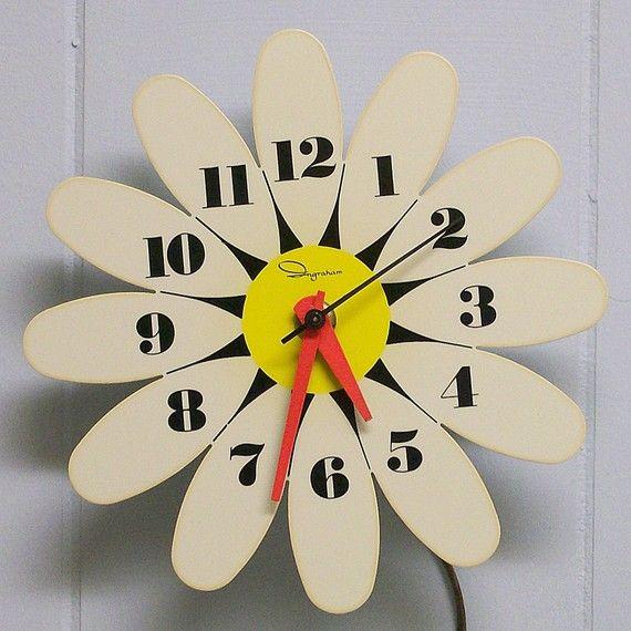 Ingraham Daisy Electric Wall Clock #vintage