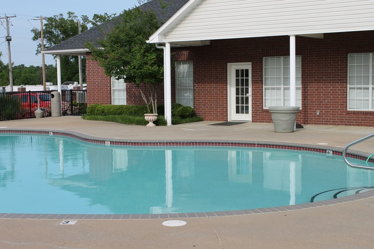 One of our two beautiful pools at River Pointe Apartment Homes!