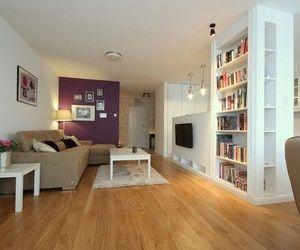 Living room / kitchen split