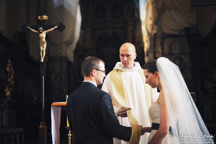 Ślub Kasi i Konrada u Dominikanów w Gdańsku. Załapał się o. Michał Mitka OP.  #ślub #dominikanie #gdańsk #przeor
