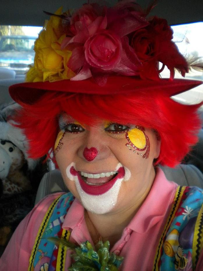 12 best entertaining clowns images on pinterest for Face painting clowns for birthday parties