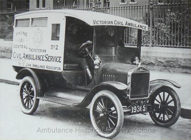 1923 Ford outside the Old Melbourne Hospital Lonsdale Street. Australia.  v@e.