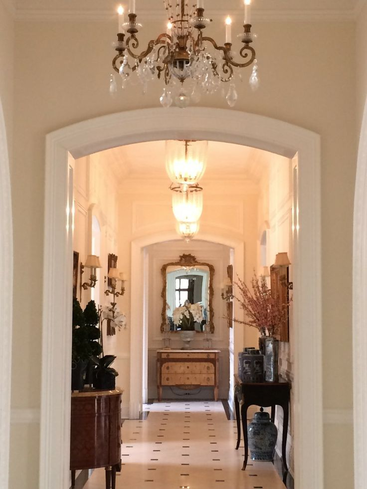 52509eae027ae99ddd28dbd0354afdcf foyer with multiple for Elegant foyer decor