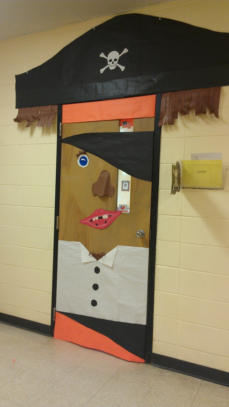 1000 Ideas About Pirate Door On Pinterest Classroom