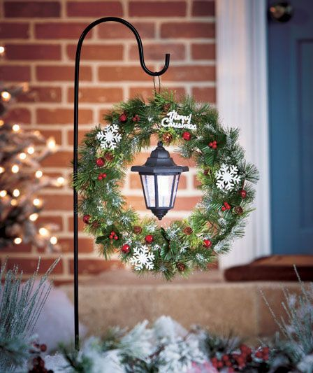 Solar Stake with Holiday Wreath