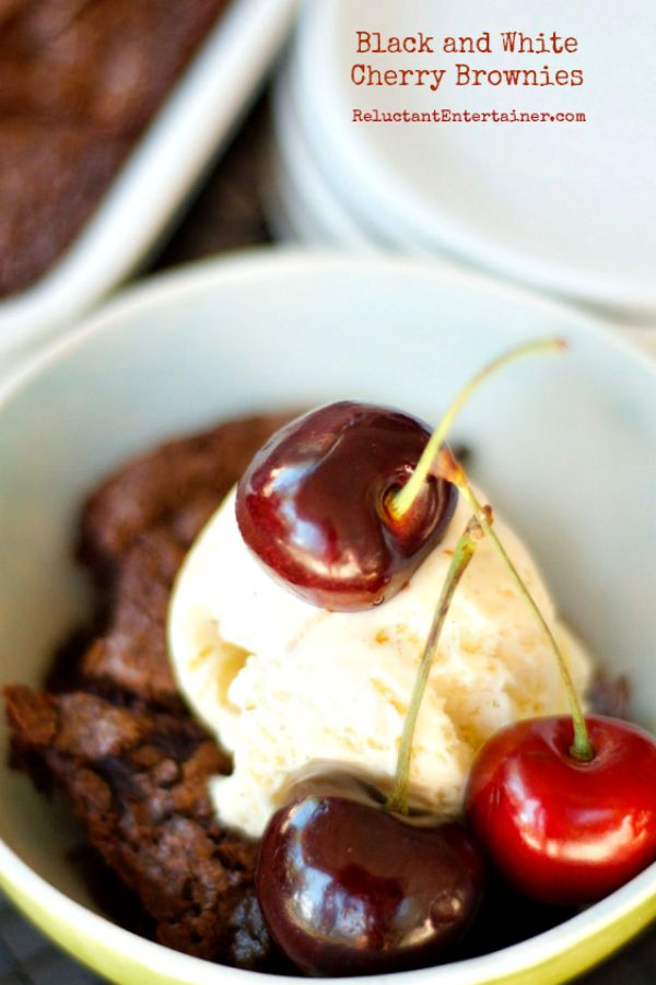 Black and White Cherry Brownies | reluctantentertainer.com