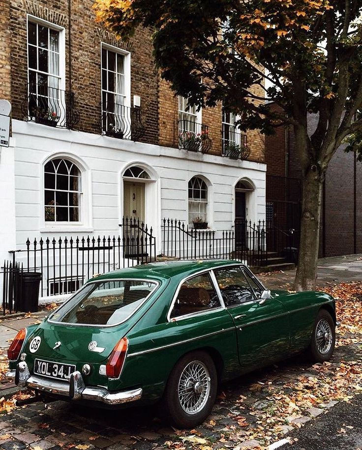 183 best Classic European Sports Cars images on Pinterest | Vintage ...