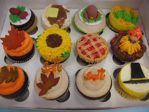 Best Thanksgiving Cupcakes Images On Pinterest Thanksgiving - Cupcakes for thanksgiving decorating ideas