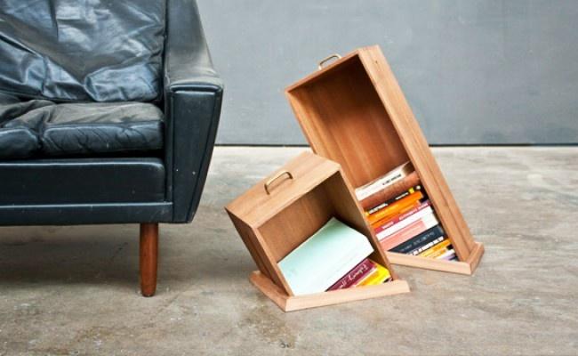 Bibliothèque « hole in the floor »