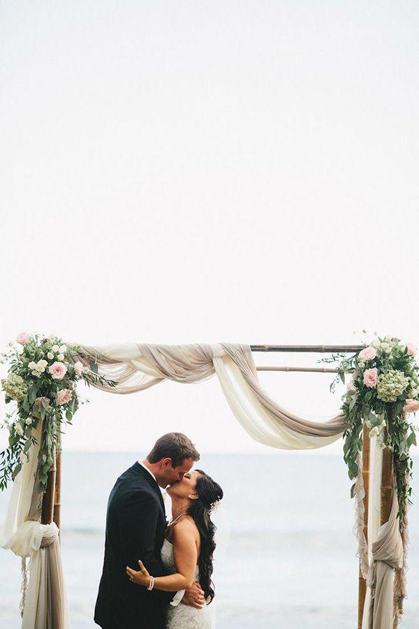 romantic chic wedding altar ideas for beach destination events