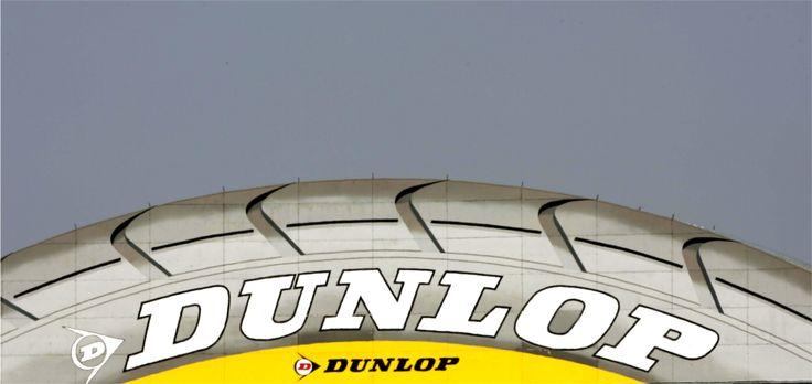 Qualité et rigueur sont les mots d'ordres de Dunlop, ainsi la marque peut vous proposer des pneus innovants et de qualité. Les #pneus #Dunlop spécialisés vous offriront des performances uniques.   Découvrez notre avis et test sur le pneu hiver Dunlop SP Winter Sport 4D sur notre blog : http://blog.1001pneus.fr/pneu-dunlop-sp-winter-sport-4d-avis-et-test/