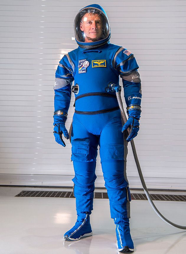 Boeing releases snazzy new blue spacesuits for Starliner fliers