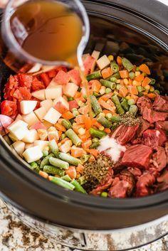 21 Crock-Pot Dump Dinners For Winter