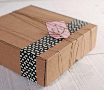 Cajas de cartón cuadradas