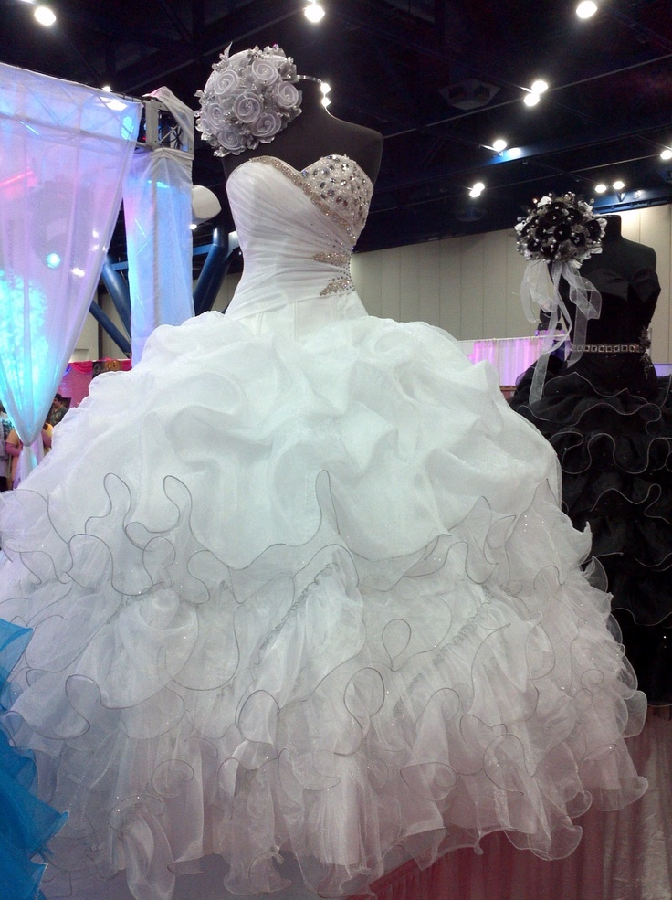17 Best images about Quinceanera ideas on Pinterest | Quinceanera ...