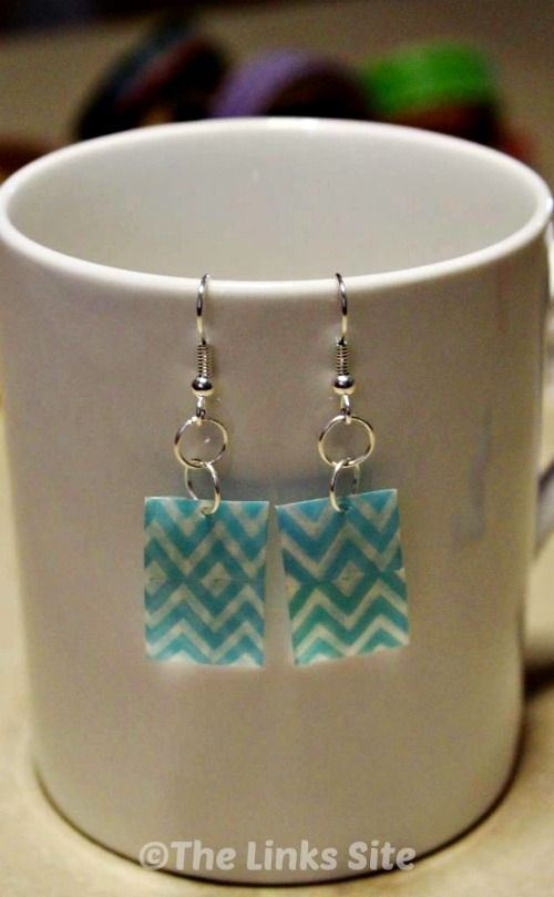 I love these cute earrings that are made from recycled plastic and washi tape! #DIY #crafts