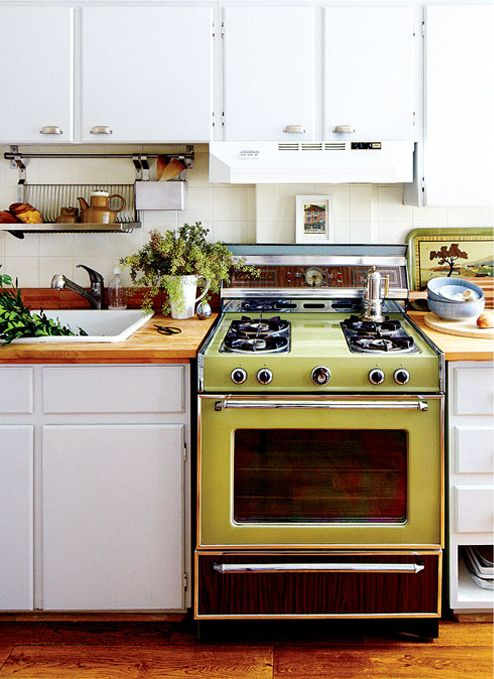 A green oven in the kitchen!