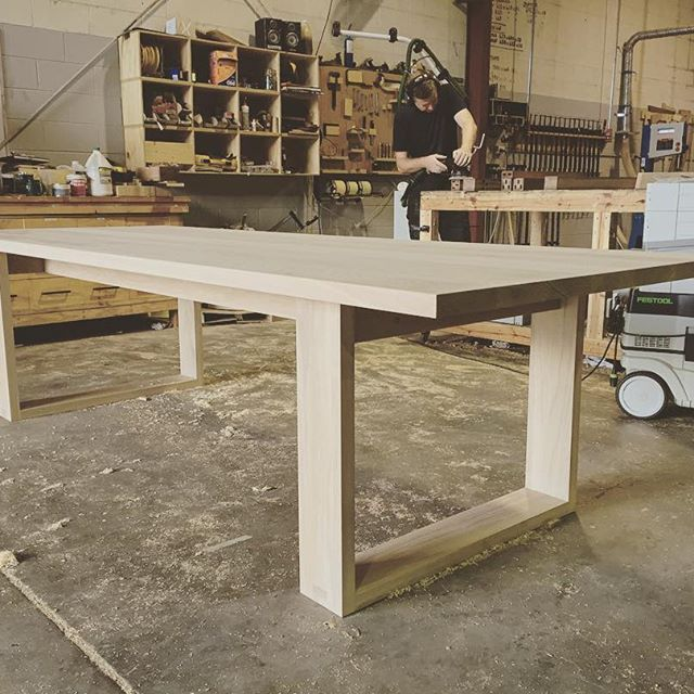 It doesn't take long for the workshop to get trashed when we're busy. Lee on the tools in the background, the Runaway table in the foreground ready for finishing. #makimaki #custommade #furnituremaker #woodwork #workshop #handmade #diningtable #brisbanemade