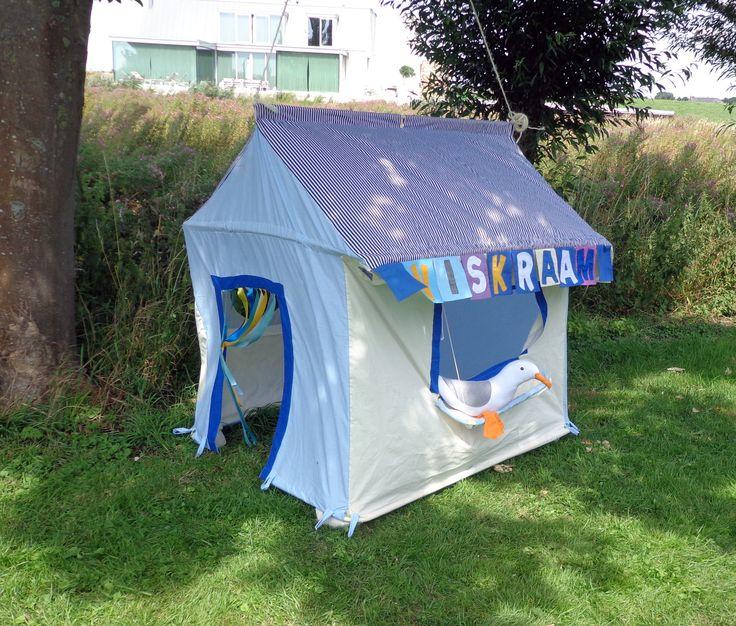 Viskraam: speeltent gemaakt door Hanging Houses / Viskraam : Play tent made by Hanging Houses http://shop.hanginghouses.com