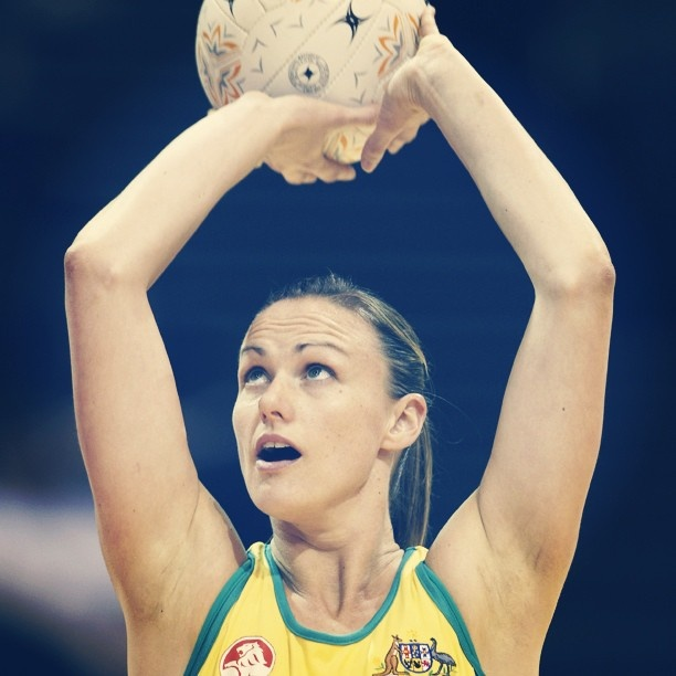 Former Diamonds captain and fan favourite, Sharelle McMahon, returned to the Netball court in Rd1 of the 2013 ANZ Championship after injury and the birth of her first child. Welcome back Sharelle!