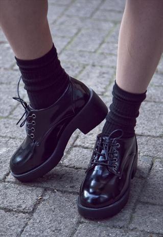 Chunky flatform grunge style lace up shoes