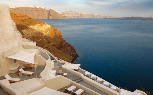 Mystique hotel - Oia in Santorini Greece