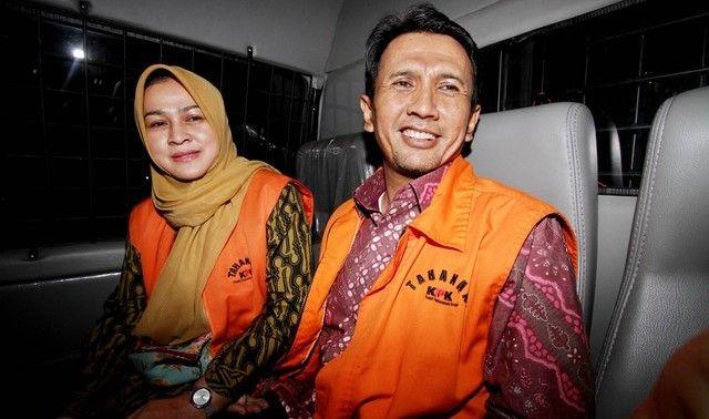 Kasus Suap Gatot Pujo dan Evy Susanti Segera Disidang : Gubernur Sumatera Utara (Sumut) non-aktif Gatot Pujo Nugroho dan istrinya Evy Susanti segera disidang dalam perkara dugaan suap kepada hakim dan panitera PTUN Medan ser