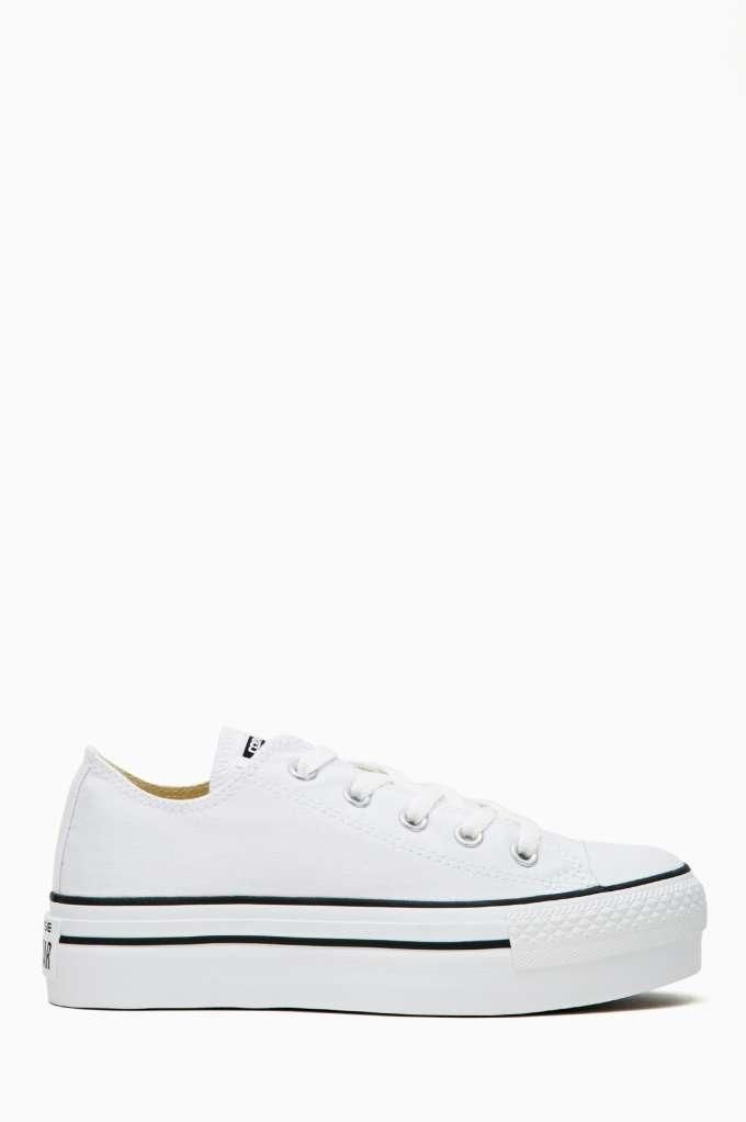 I want this Converse All Star Platform Sneaker