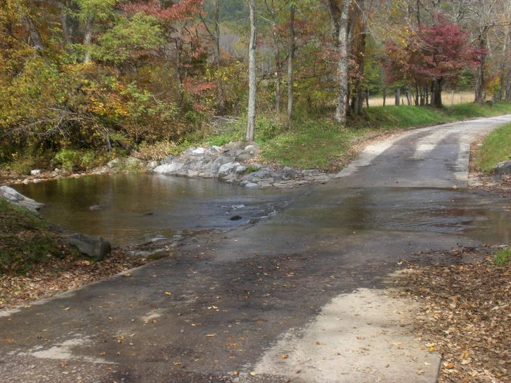the easts head west: A day at Cades Cove, TN