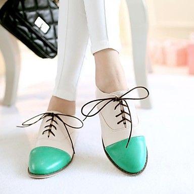 planos del talón puntiagudos zapatos de los oxfords de los pies de las mujeres (más colores) - USD $ 32.99
