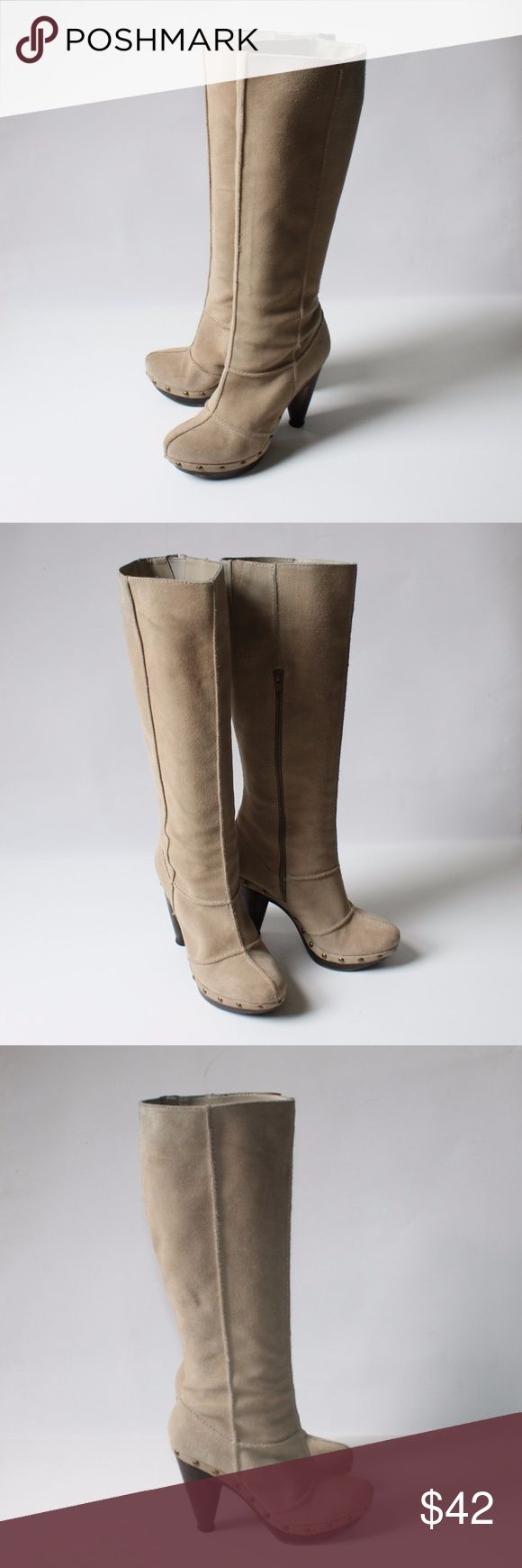 """Seychelles Suede Wood High Heel Clog Boots Seychelles light beige suede knee high clog boots have wood high heels, half zip closures, wood outer sole with protective caps and tread, and floral textile interior. They are in excellent condition. The only issue is faint marks on the upper back opening. See the last photo.   Size 7  Shaft 14.5"""" Opening 14"""" Heel 4"""" Platform 1"""" Seychelles Shoes Heeled Boots"""