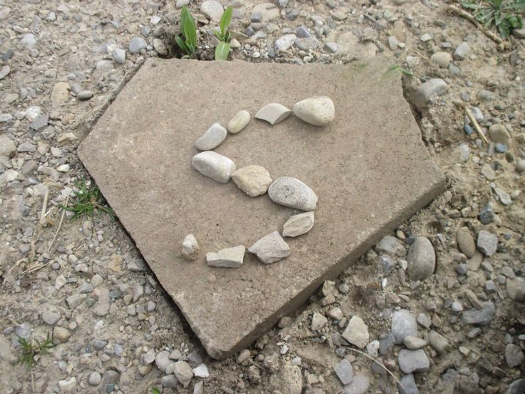 Super sign with stones.