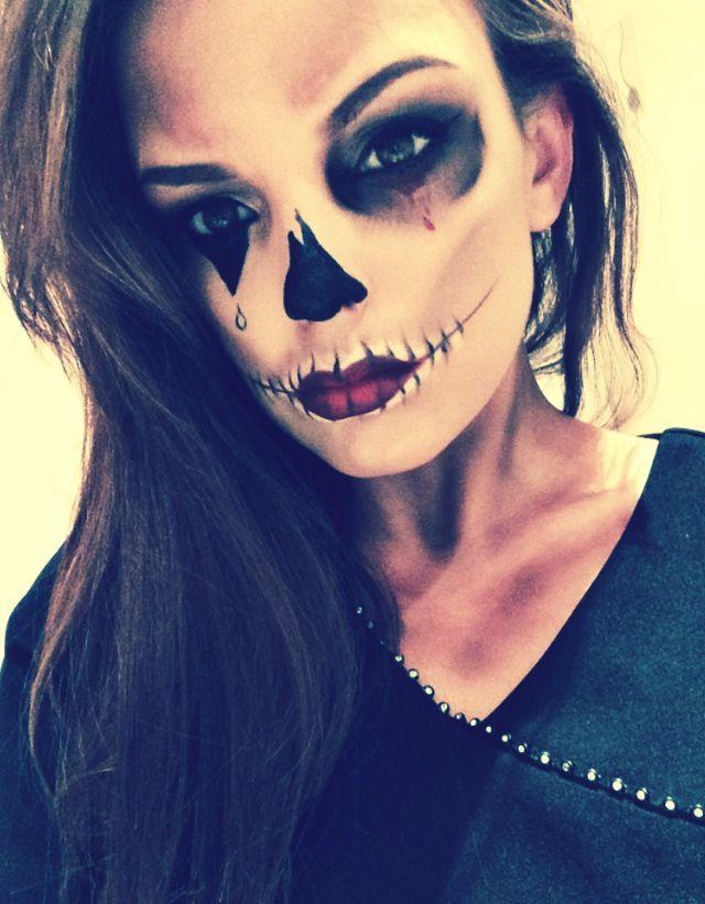 Skull/clown